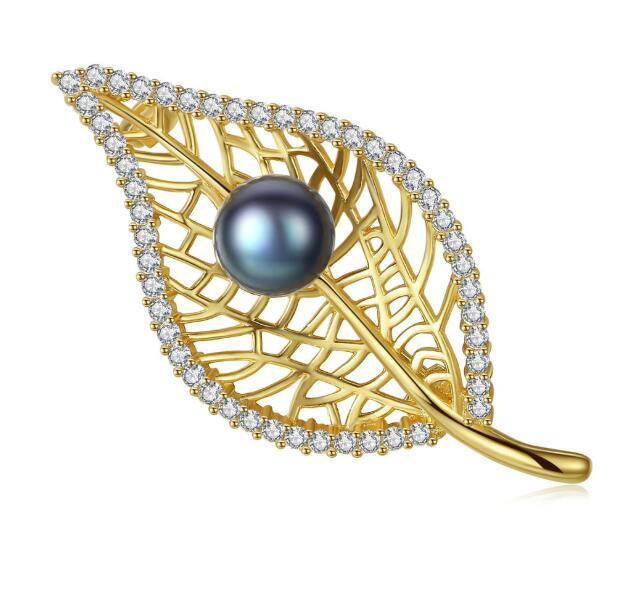 Natural pearl brooch supplier gold plated hollow out leaf lapel pin manufacturer 925 silver zircon collar pin wholesale in china online