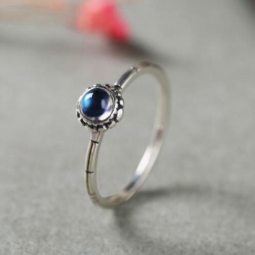 Women fashion moonstone gemstone jewelry delicate natural blue moonstone gem engagement ring wholesale silver band rings vintage style
