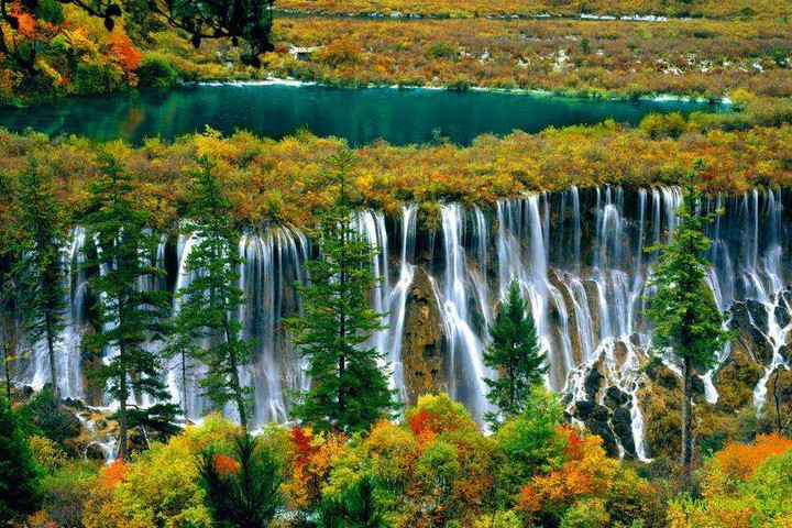 Chengdu Lazybones Hostel - Jiuzhaigou national park 3-day tour