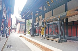 Chengdu Lazybones Hostel - The nearby Wenshu monastery