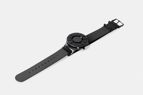 EONE 新款APEX系列 APEX-L-BLACK 陶瓷表盘黑色皮带 触感设计腕表