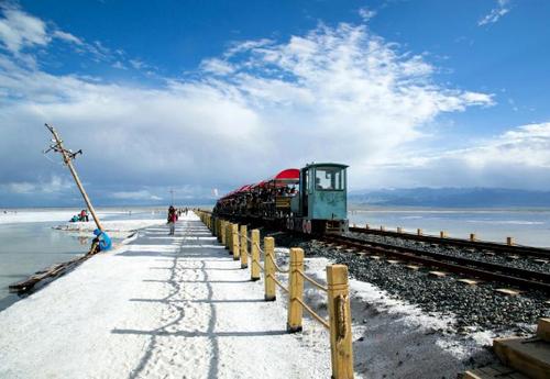 常規拼車線路:川藏南线+稻城亚丁+羊湖→拉萨10日游也可加青藏線行程
