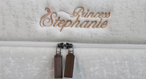 斯蒂芬妮公主(Stephanie)  厚24CM  适中4度