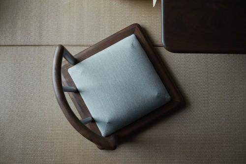 听钟席地茶椅