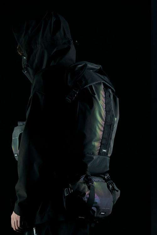 隐蔽者x COMBACKx pupiltravel三方联名潮牌镭射反光双肩包背包