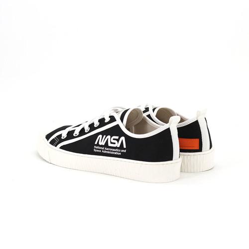 S/S 2020春夏 男士NASA联名款帆布休闲鞋 650501M 黑色