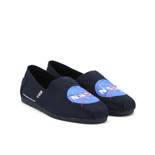 S/S 2020春夏 男鞋NASA联名款休闲鞋  62200M 深蓝色