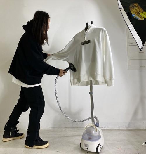 inner alchemy D remake box logo hoodie white