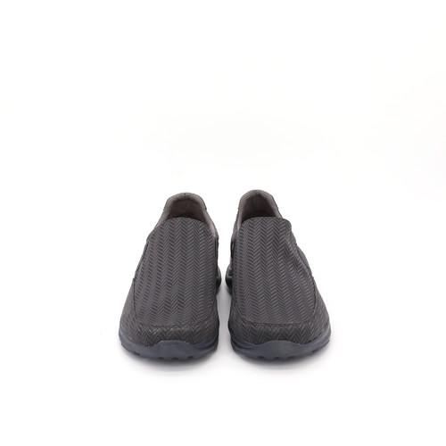 S/S 2021春夏 男士休闲鞋 78276M 灰色