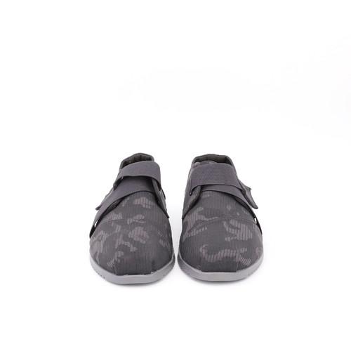 S/S 2021春夏 男士休闲鞋 77175M 深灰色