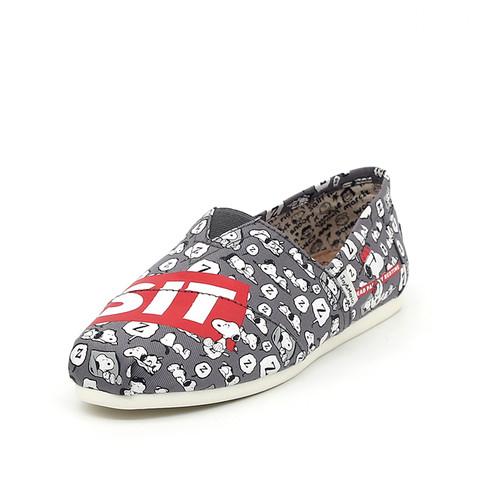 S/S 2020春夏 女士史努比联名款布鞋 62218W 灰色