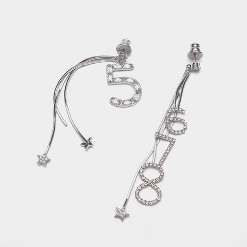 EH63403-E147创意数字耳环