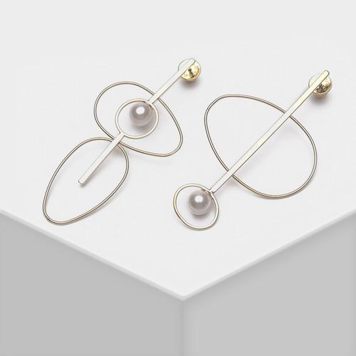 EH63335-E149特色极简大圈珍珠耳环