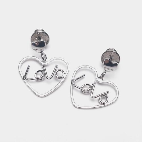 EH63475-E146爱心字母LOVE耳环