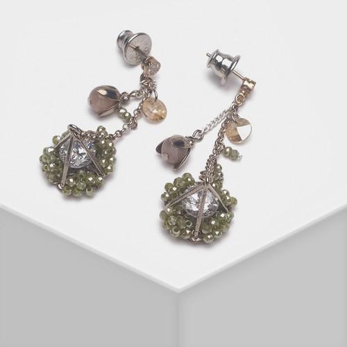 EH63457-E149复古手工钻石造型耳环