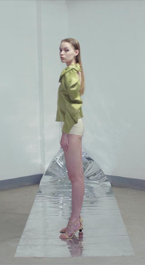 SS2020 女士CLOUD荷叶边系扣上衣 水波绿/瓷白 双色入